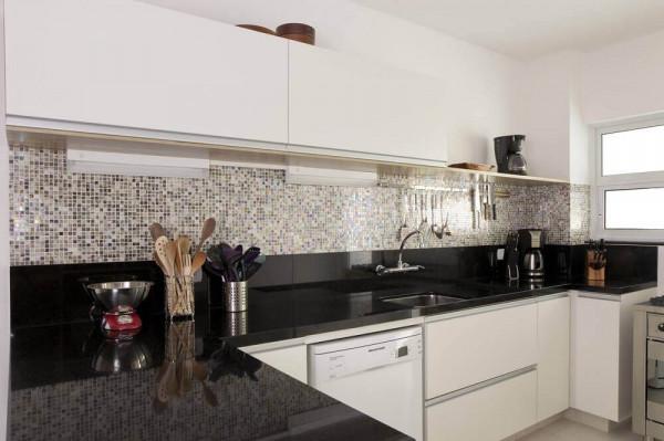 cozinha-granito-preto-absoluto-absolut-black-bancada-branco