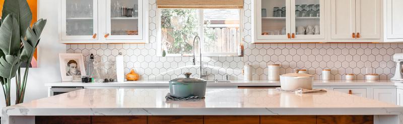 ceramica-hexagonais-pecas-parede-cozinha-frontao
