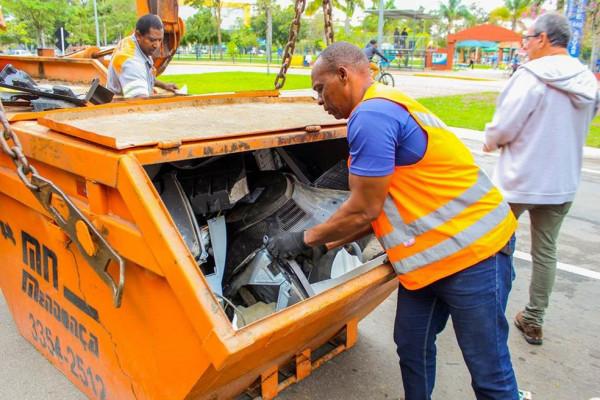 caçamba-para-coleta-de-lixo