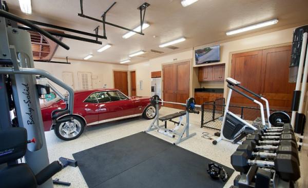 Lavish-Garage-Gym-Idea