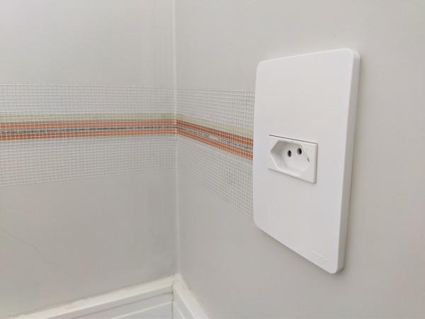 eletrofita-tomada-energia-rede-eletrica-instalacao-fiacao