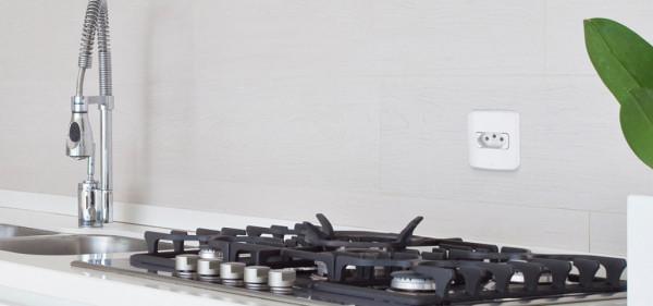 cozinha-altura-tomada-média