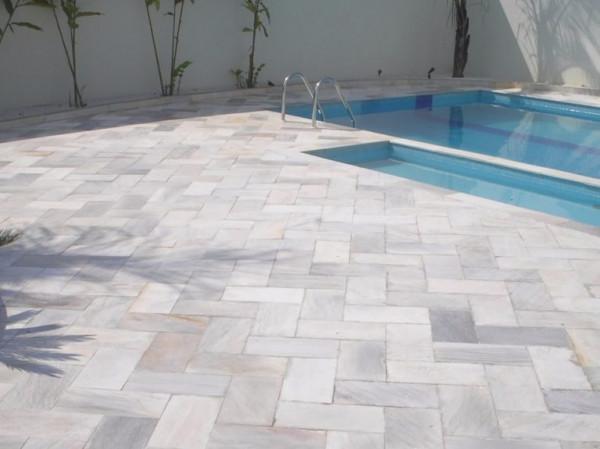 piso-area-externa-pedras-naturais