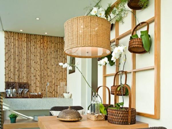 O-bambu-quando-utilizado-nos-artigos-decorativos-e-combinado-com-cores-claras-deixa-a-decoração-mais-clean-e-sofisticada