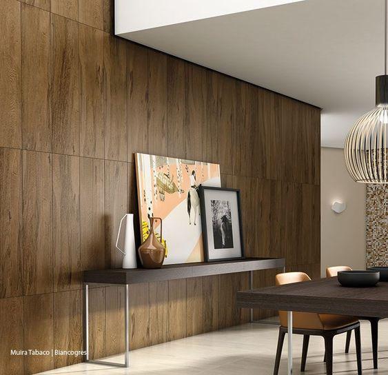 revestimento-vertical-parede-madeira-porcelanato-moderna-sala-estar