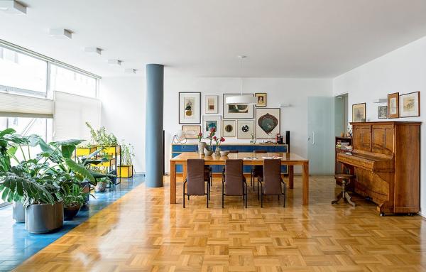piso-taco-madeira-macica-casa-sala-estar-brilho