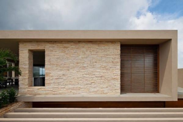 fachada-pedra-São-Tomé