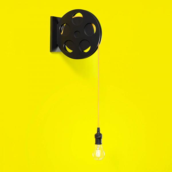 luminaria-moderna-leitura-quarto-jovem-juvenil-infantojuvenil-arandela-rolo-filme-lampada-luz-amarela