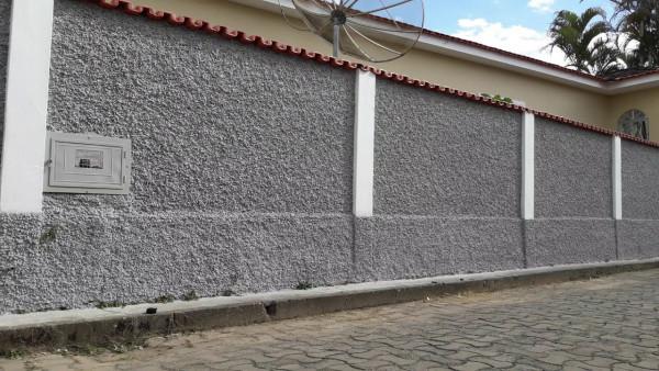 muro-chapisco-pintura-tinta-pintar-cinza-parede-rua